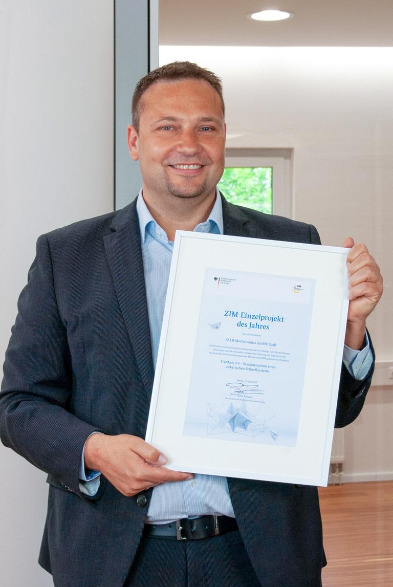 Jürgen Sept mit ZIM-Einzelpreis Urkunde